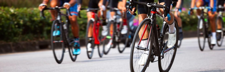 19c2448dcc Profi kerékpárverseny az AsiaCentertől